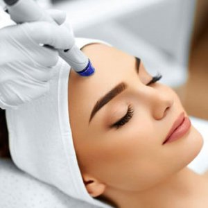 Hydrafacial-Treatment