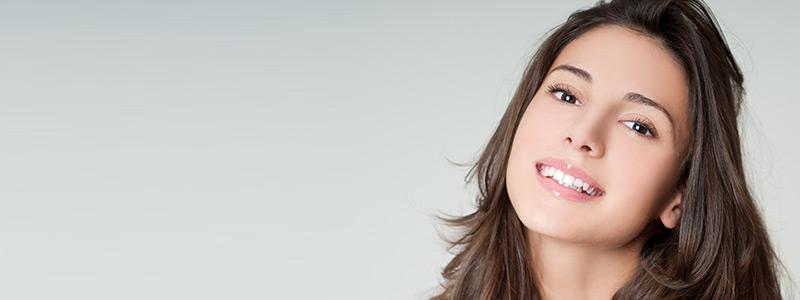 كم تكلفة تببيض الاسنان